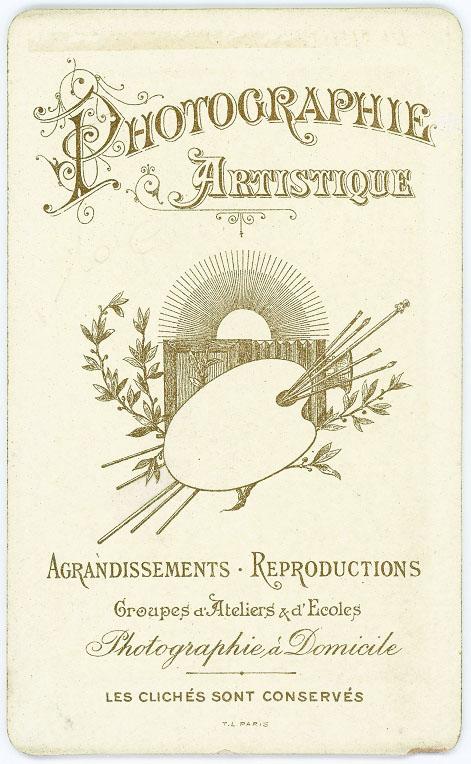 Nun by A. Brossut, Digoin, Bourgogne 3