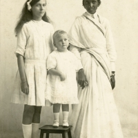 Harold and Winnie with their nanny in Calcutta