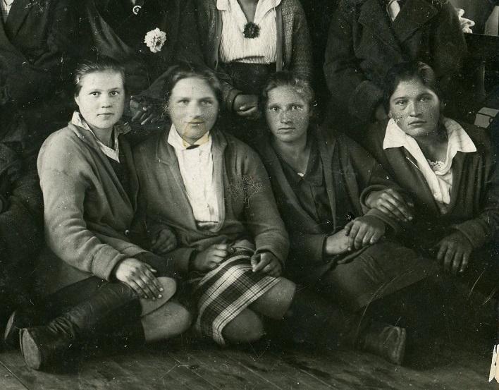 Artel 'Krasnaya Trikotazhnitsa' 5b