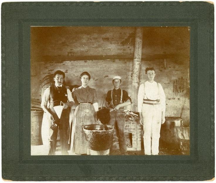 Family with cauldron 2