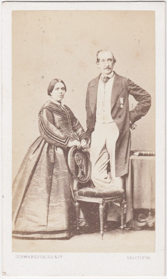 Miss Collins or relatives (maybe) in Calcutta 1b
