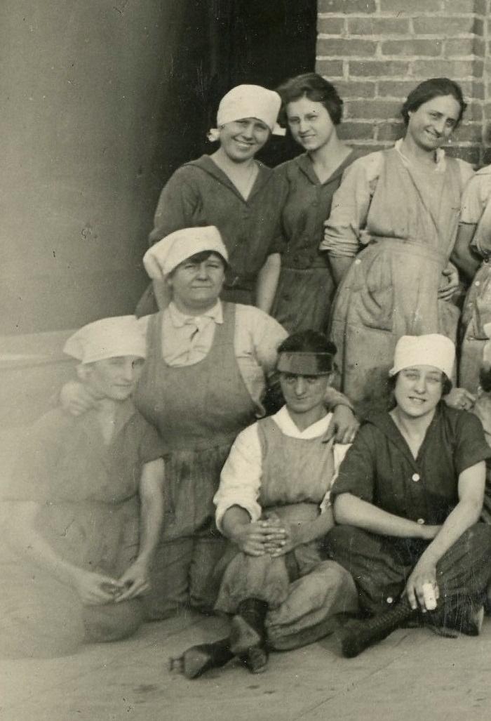 Women workers 2