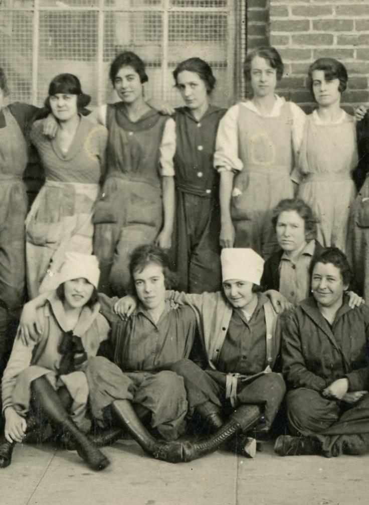 Women workers 4
