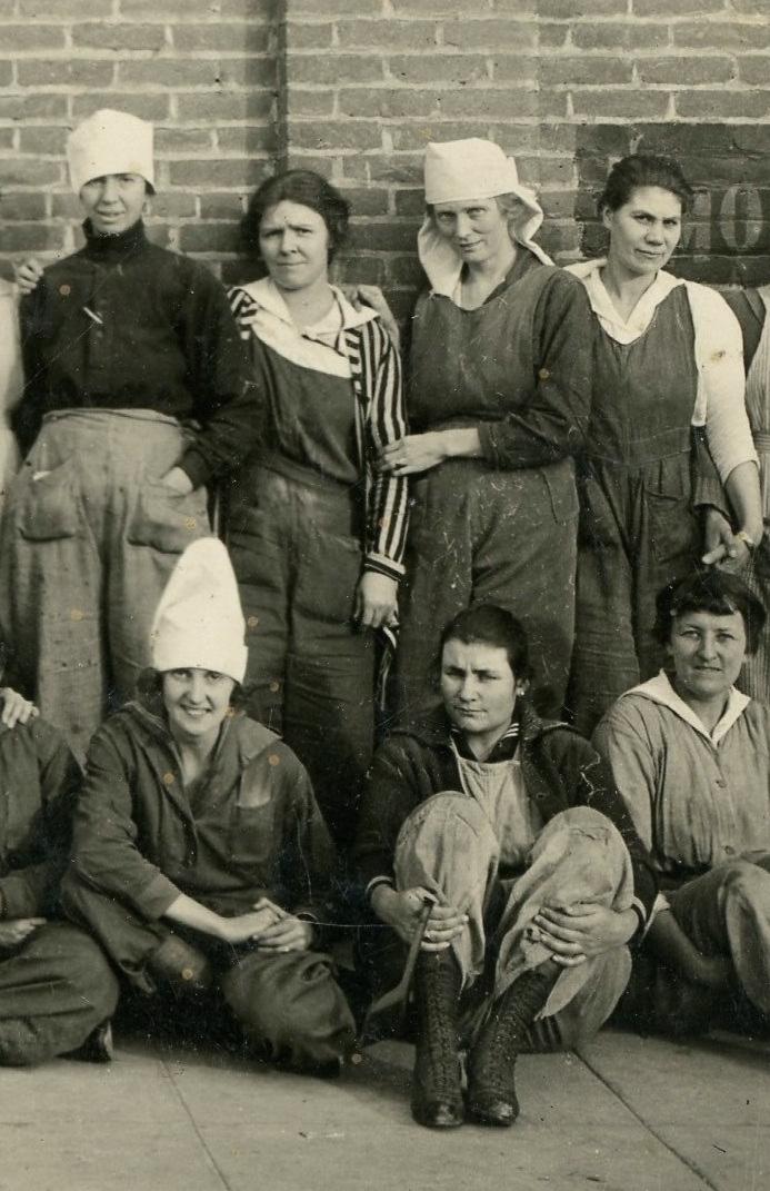 Women workers 5