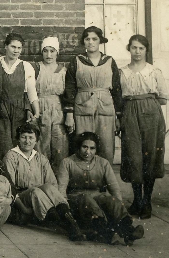 Women workers 6