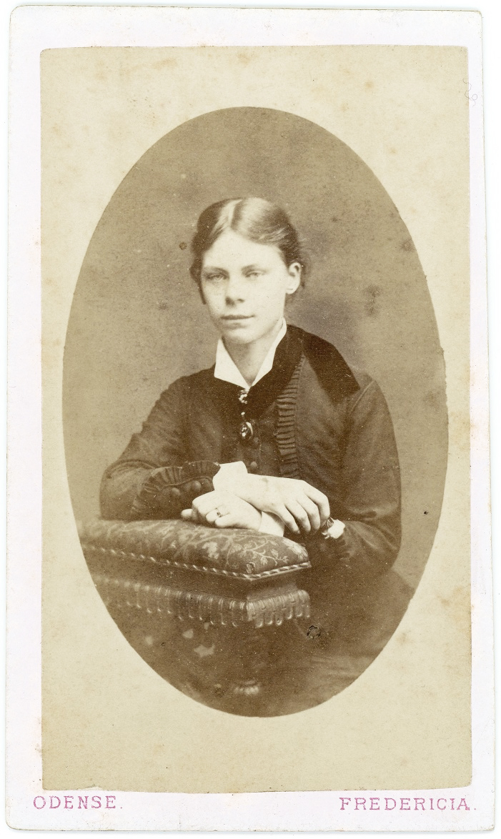 Effie Hegermann-Lindencrone (1879) 2