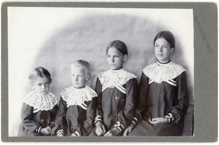 Sisters by Ellen Björklund 2