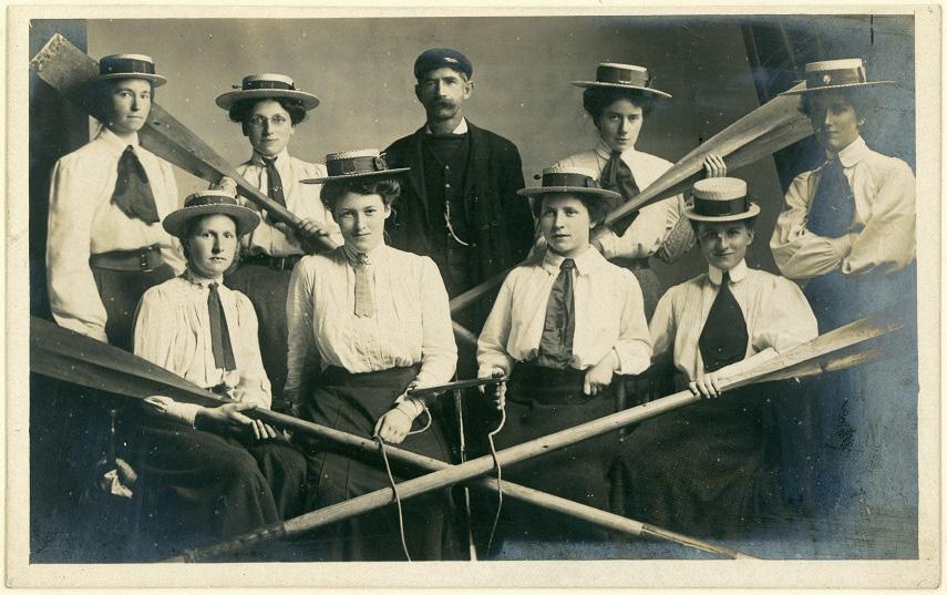 Women's rowing team (UK) 3