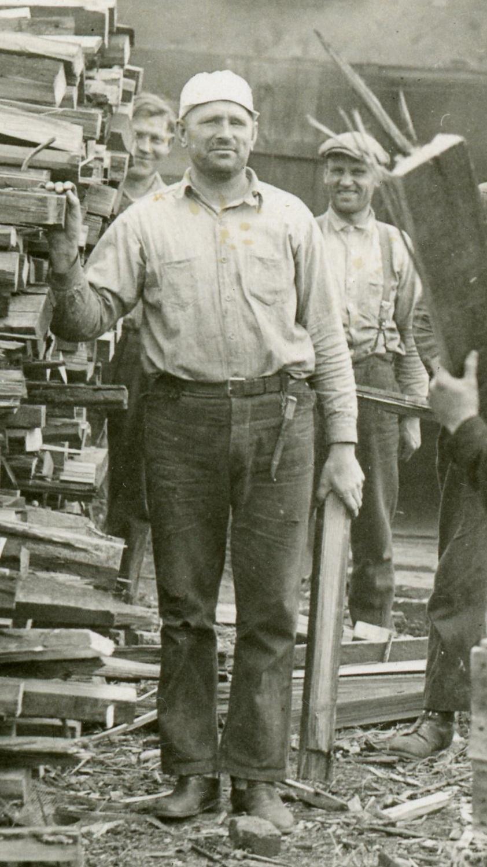 Finns in Koggiung, Alaska (1929) 2